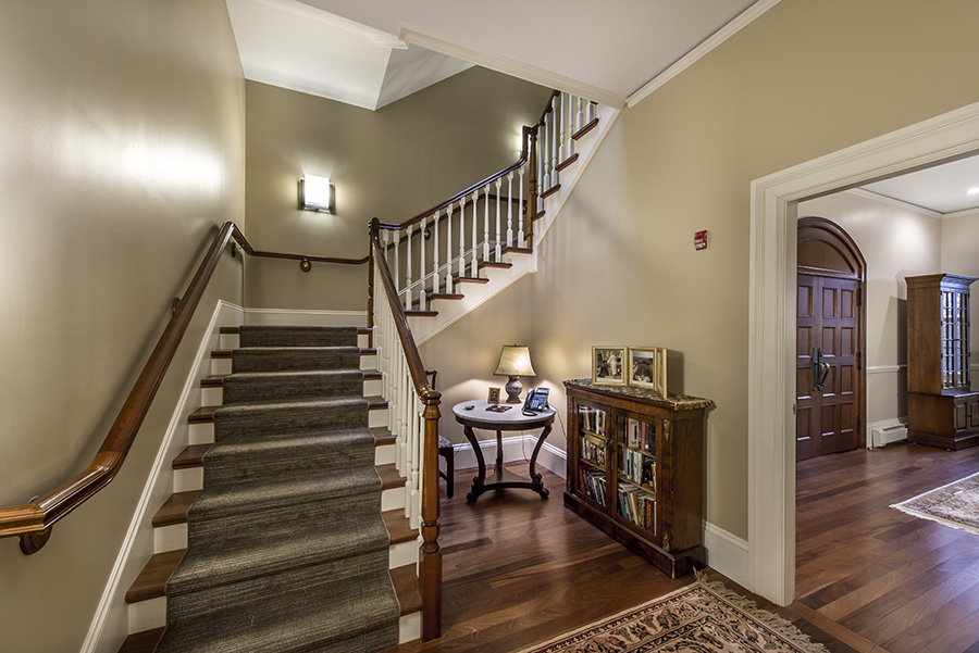 Chestnut_Hill_Center_Stairs.jpg