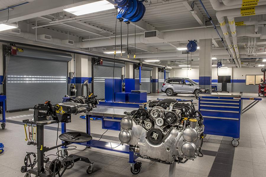 Subaru_of_New_England_Technician_Training.jpg