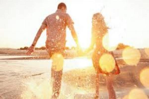 Couple_Happy.jpeg