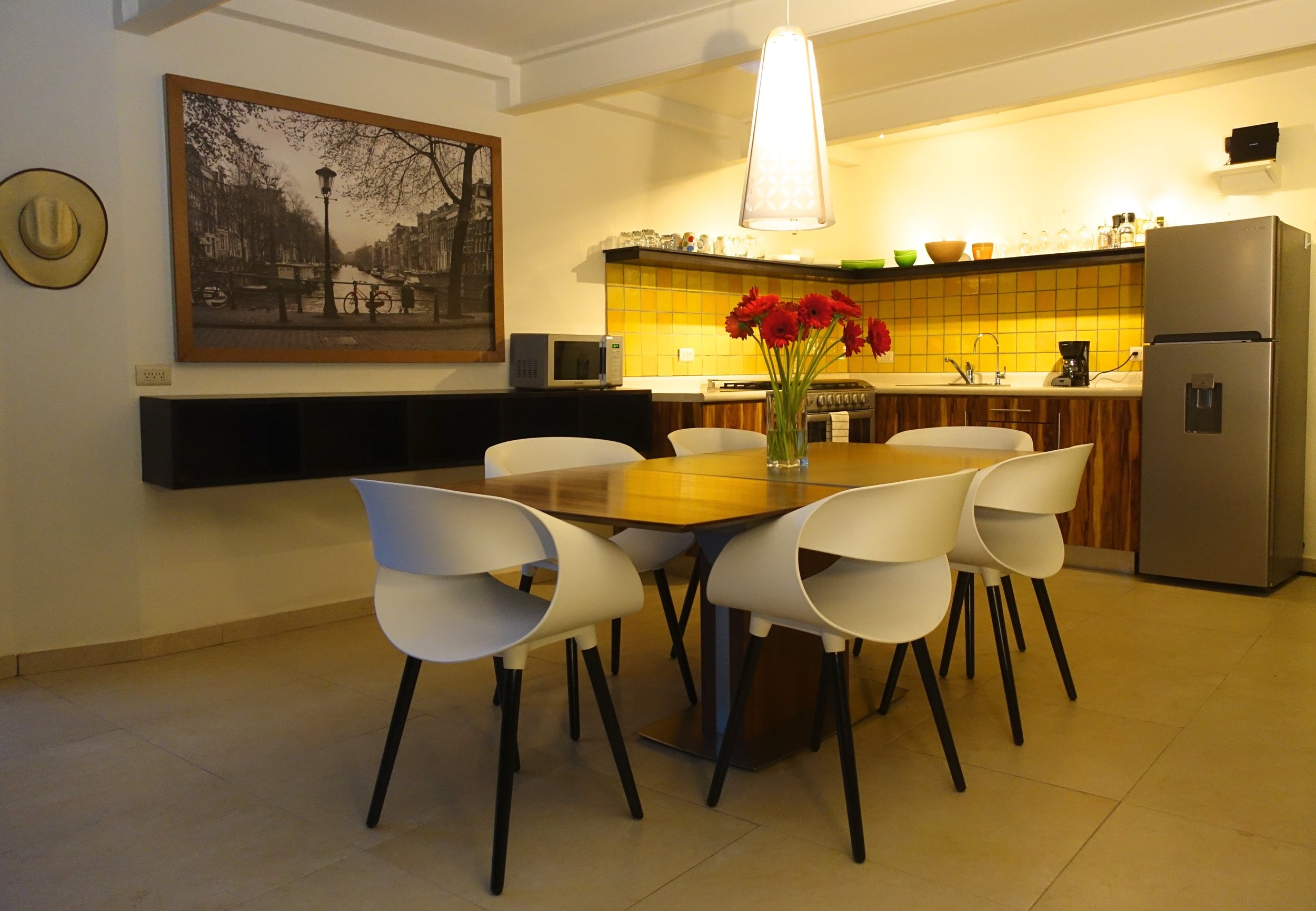 Picasso kitchen.jpg