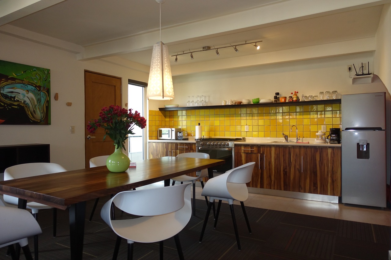 Dali kitchen.jpeg