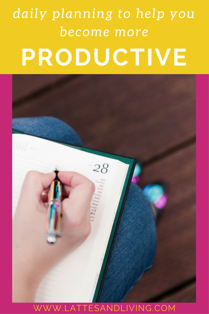 Daily Planning & Organization lifesaver! 2018 Daily Planner by Epica - review.