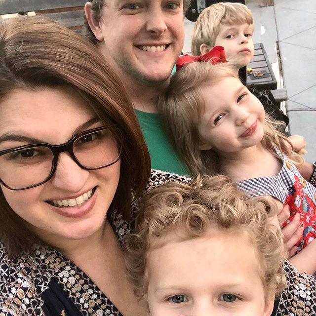 So nice we did it twice! | Just finishing up our second dinner here this weekend... We ❤️ Anthonie's - kids play & we eat... like a lot! 🤣🍽🌳 #familyselfie #lifewithkids #smalltowntexas #smalltowncharm #fulshear #busymomlife #familydate #lattesandliving #momofthree
