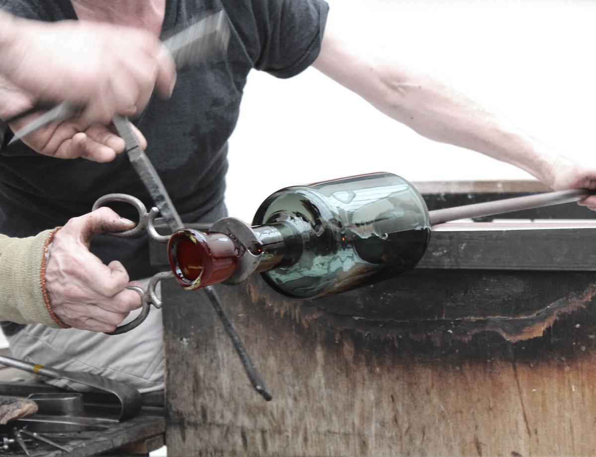 Michael Ruh making a perfume  bottle for Perfumer H