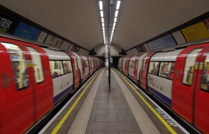Clapham_Common_tube_station