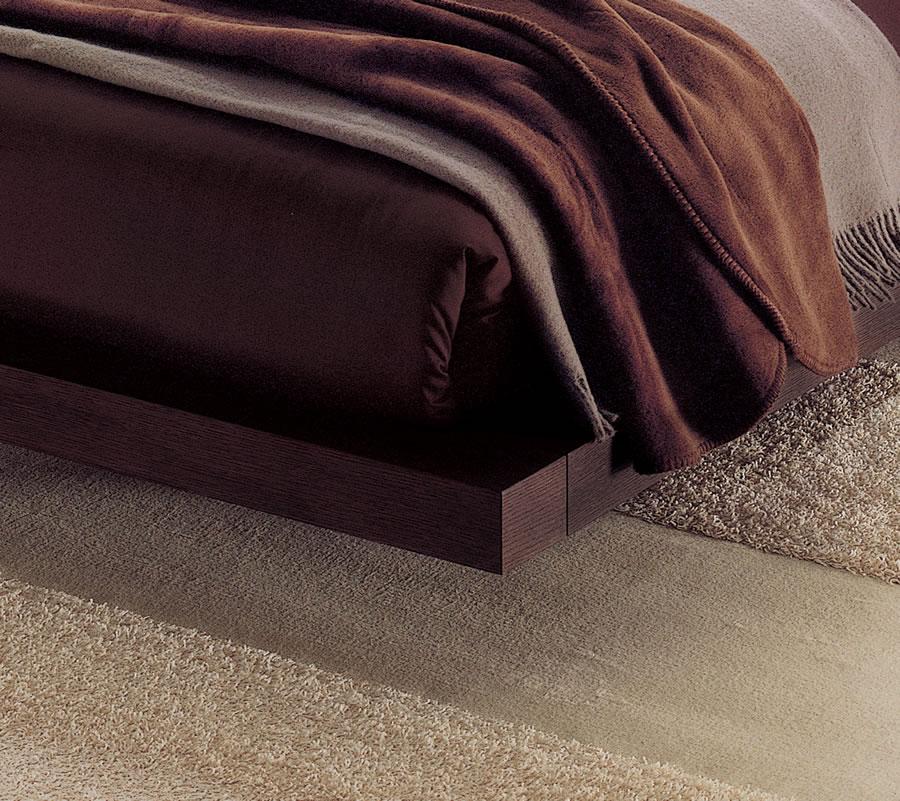 BDR 211 Modern Italian Beds