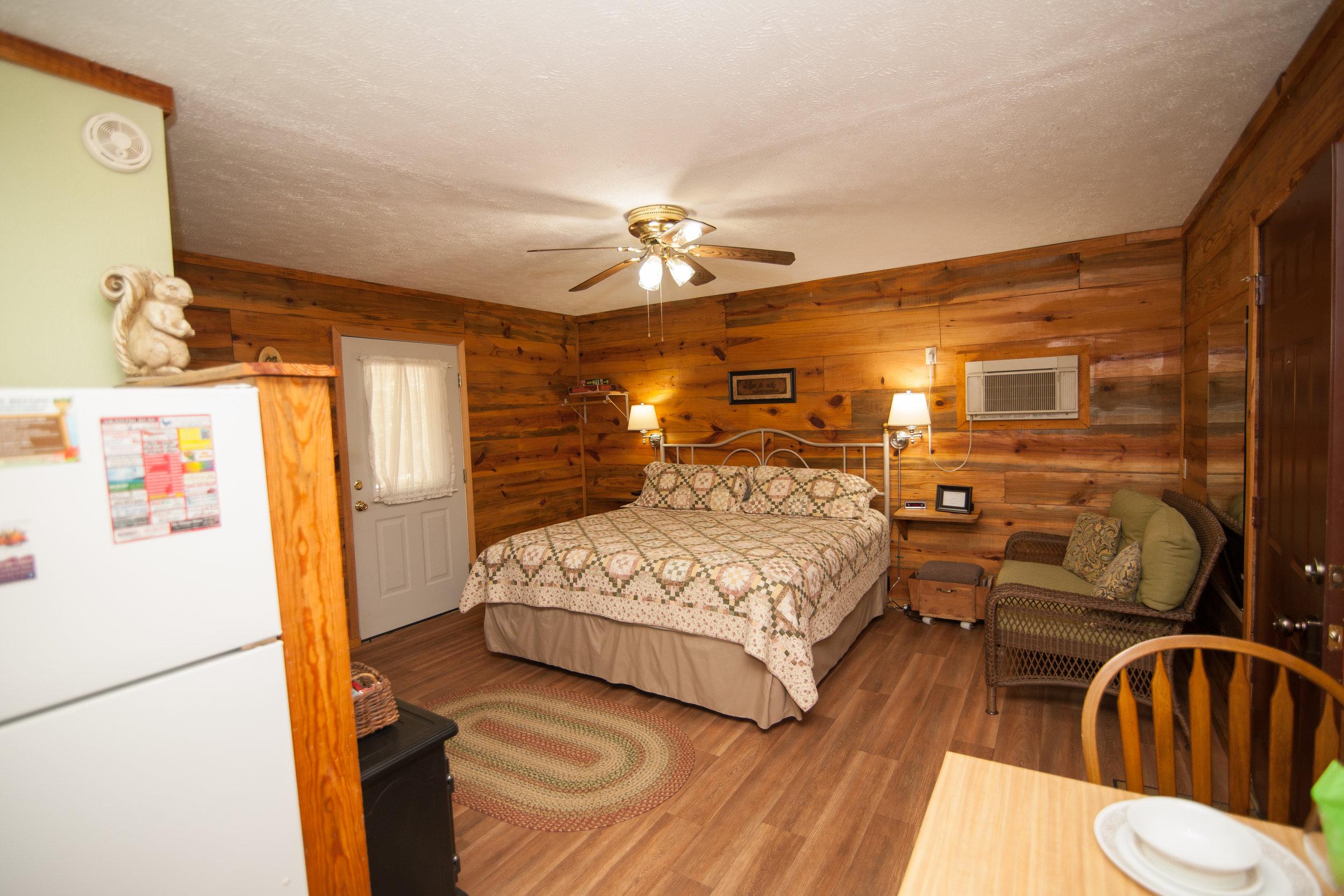 Squirells Cabin w Bed.jpg.jpg