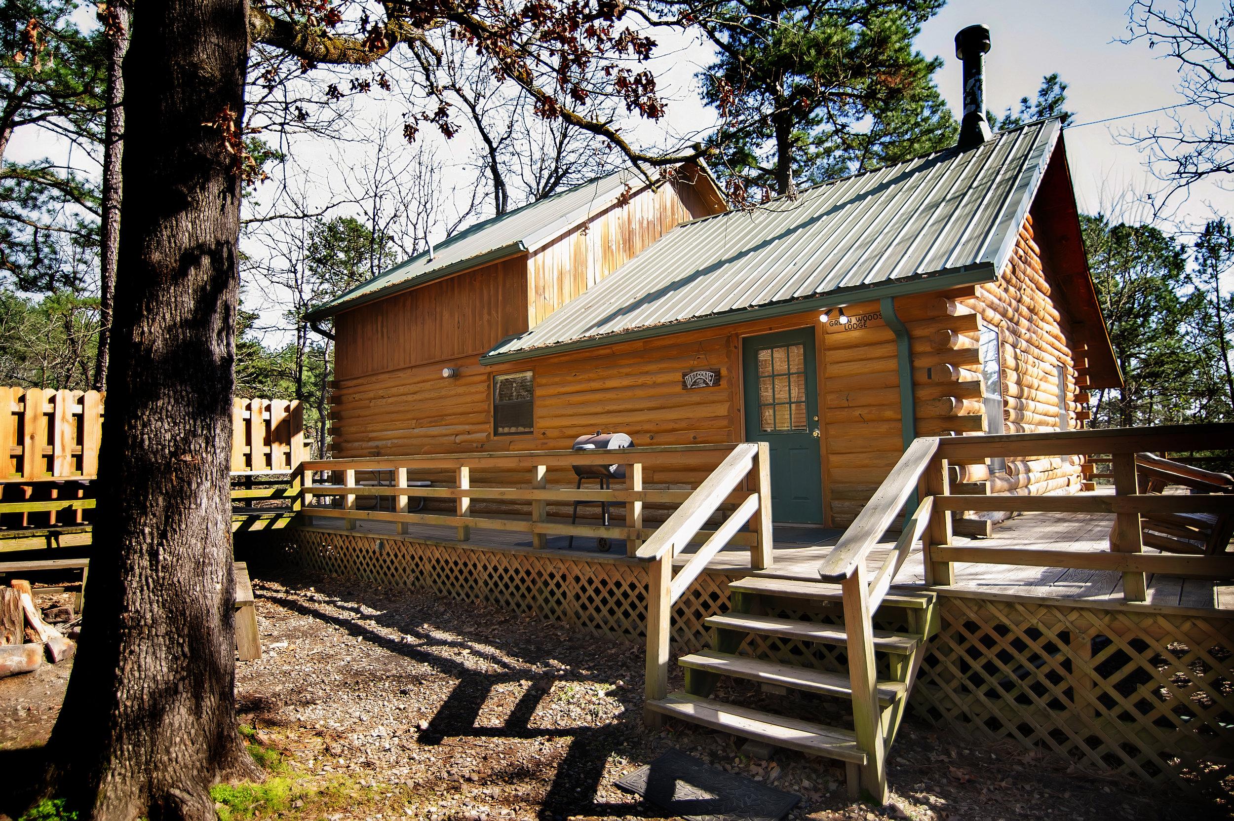 Green Wood Lodge:   2 Baths – Sleeps 14