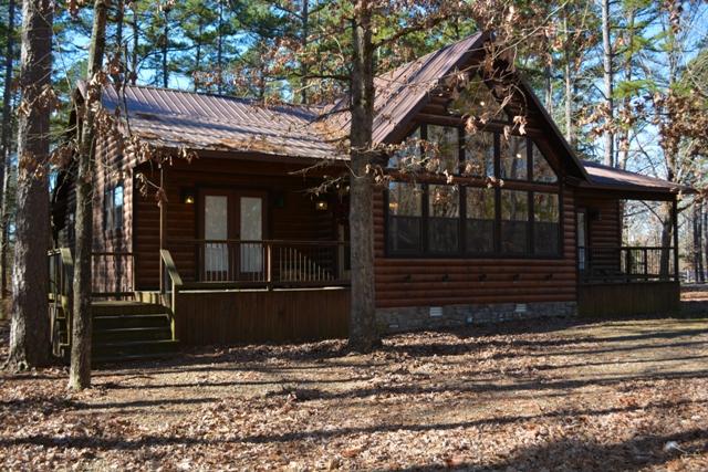 Barefoot Lodge:   2.5 Baths – Sleeps 7