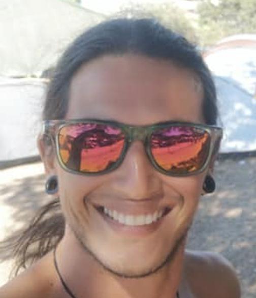 Yoga Instructor, Asistente administrativo en Hotel Pacande, Julian Goulcher