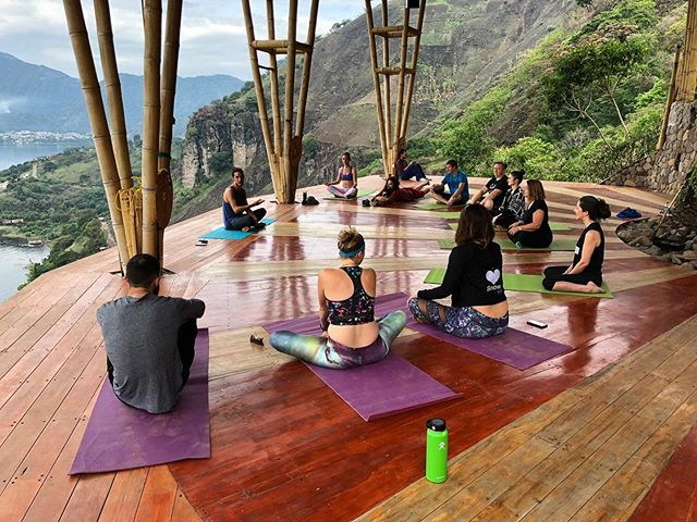 🤗 It's officially been a year since our annual event in Guatemala! 🌎 One of the ways we celebrate connection to self, others, and the planet at Remote Leadership Summit is through morning yoga sessions. 🧘🏼‍♀️ Come get your yoga on with us in Croatia 🌏 to start your day off right! 🧘🏻‍♂️