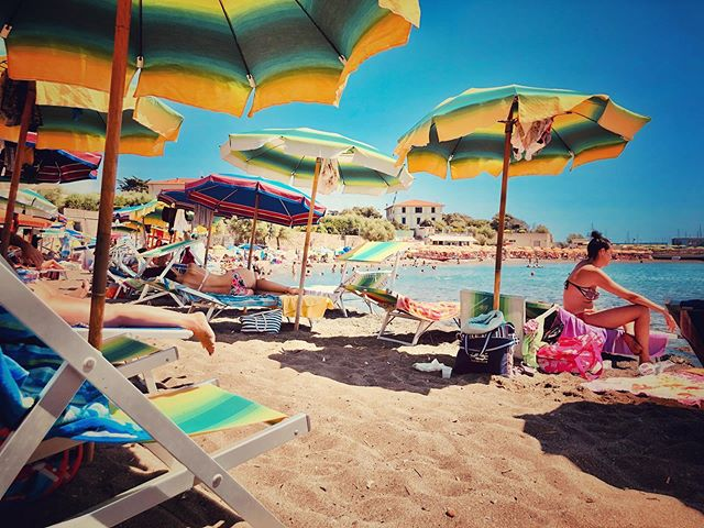 Italian beach heaven #beachitalianstyle