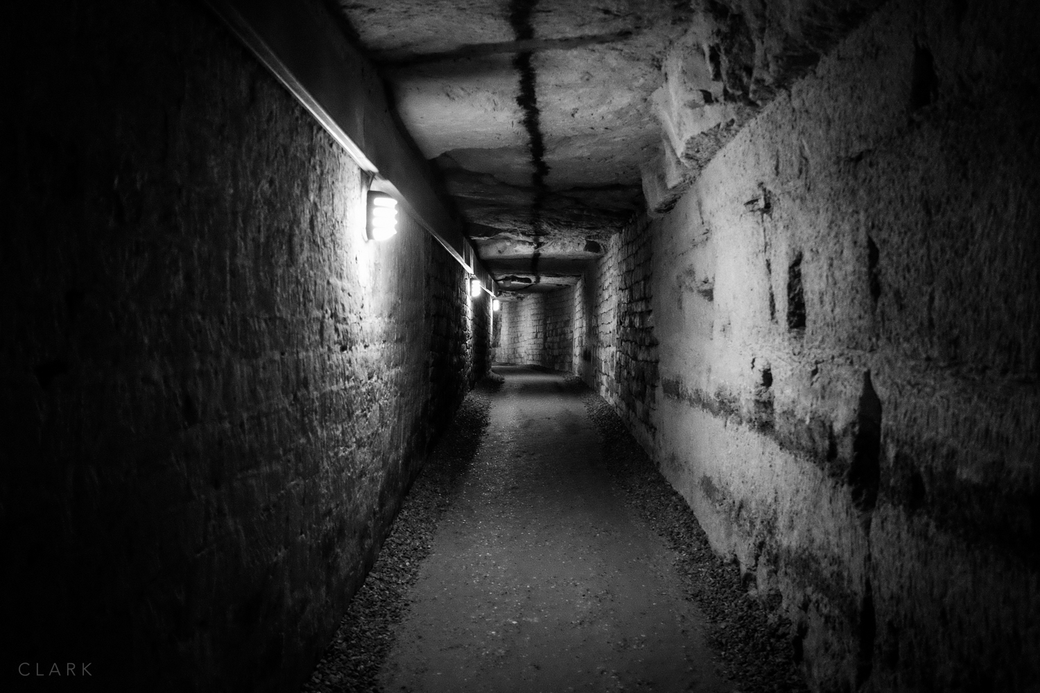 008_DerekClarkPhoto-Paris_Catacombs.jpg