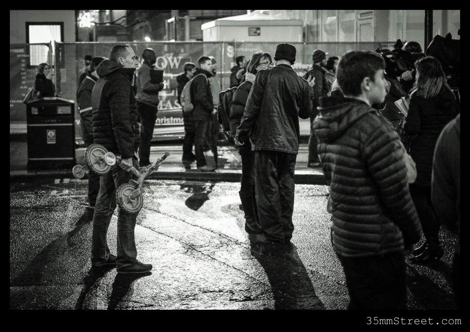 35mmStreet.com-Glasgow_Bin_Lorry_Crash_2014-4