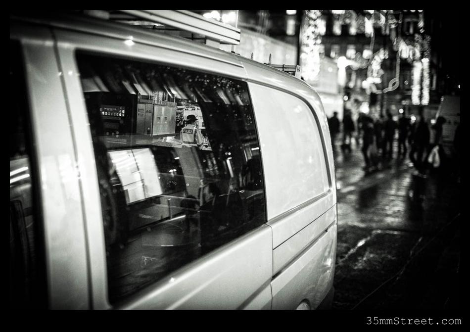 35mmStreet.com-Glasgow_Bin_Lorry_Crash_2014-6