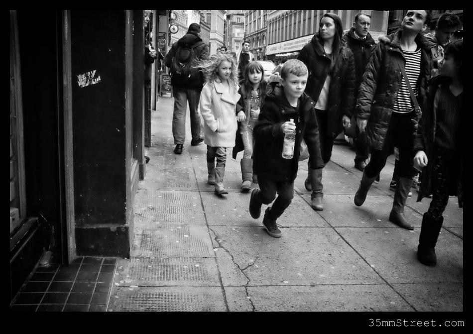 35mmStreet.com-Glasgow-100S5053-Edit