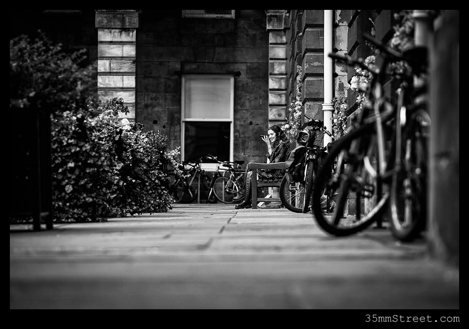 35mmStreet.com.Edinburgh-Festival-Fuji-90mm-14