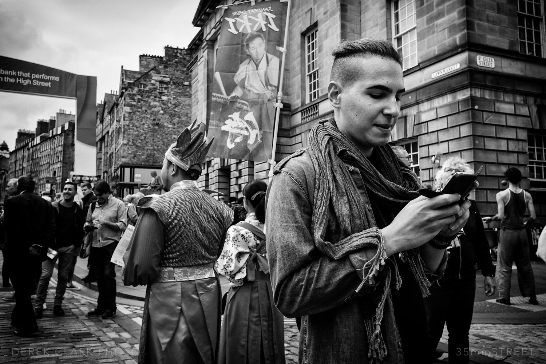 012_35mmStreet-X70-Edinburg_Festival.jpg