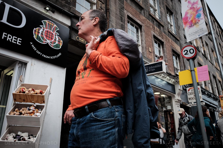 018_35mmStreet-X70-Edinburg_Festival.jpg