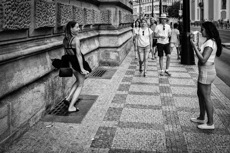 174_35mmStreet-Prague.jpg