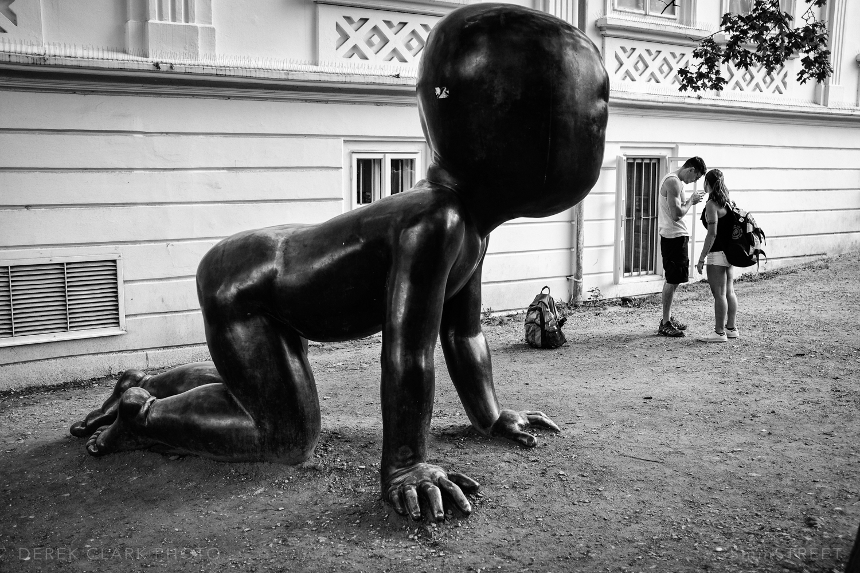 176_35mmStreet-Prague.jpg