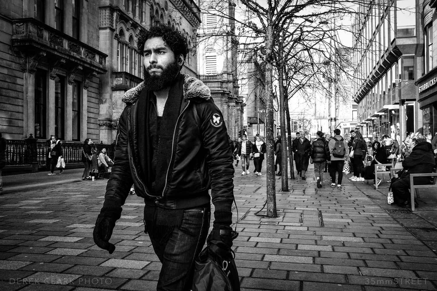 048_35mmStreet-Glasgow-Scotland-Feb-2019.jpg