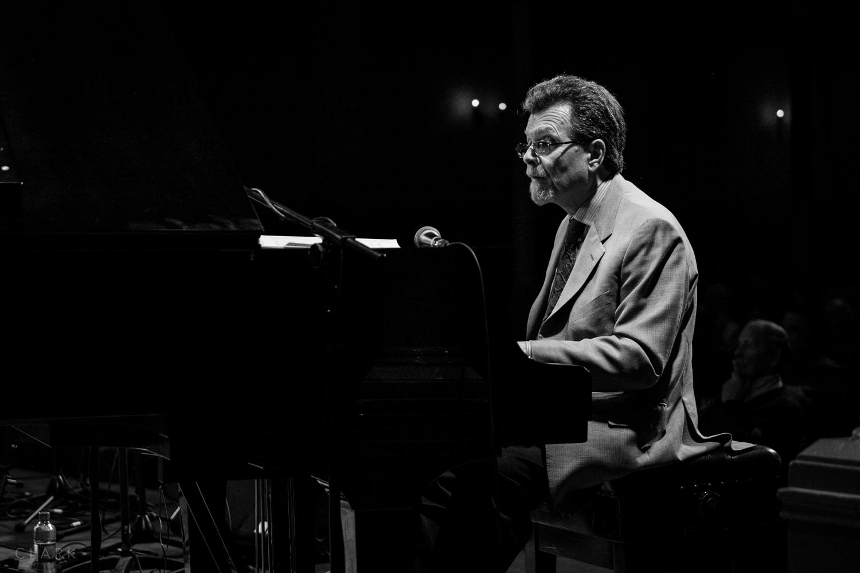 BILL DOBBINS - PIANO