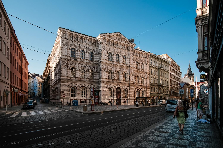 006_DerekClarkPhoto-Prague.jpg