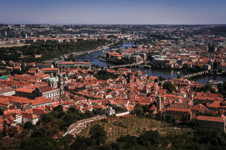 019_DerekClarkPhoto-Prague.jpg