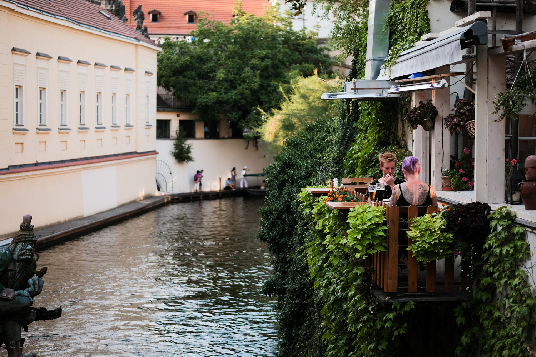 017_DerekClarkPhoto-Prague.jpg