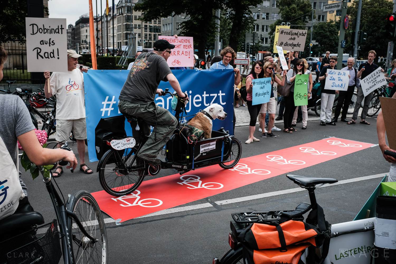 009_CLARK_Greenpeace-Berlin.jpg