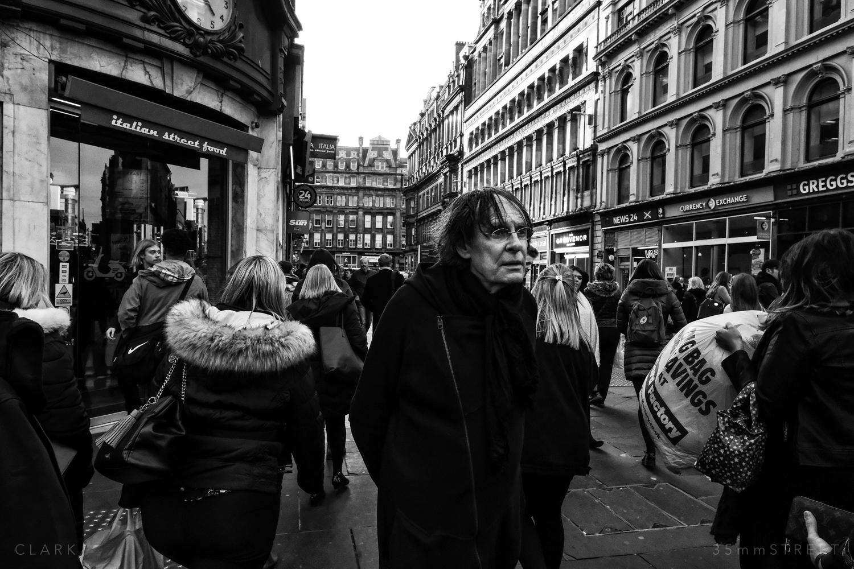 084_35mmStreet-Glasgow-28.03.19.jpg