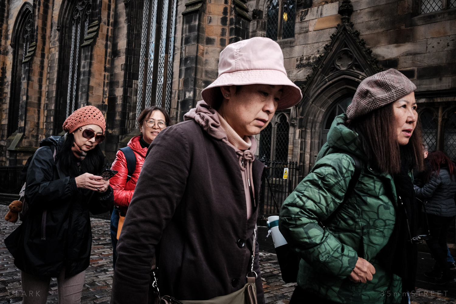 002_35mmStreet-Edinburgh-Street-Photography-20190404.jpg