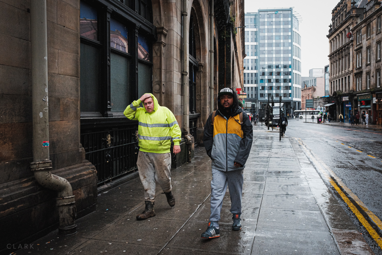 011_35mmStreet-Rainy-Friday-Glasgow.jpg