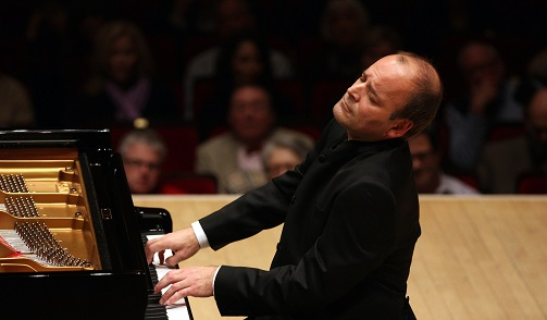 French-Canadian pianist Louis Lortie