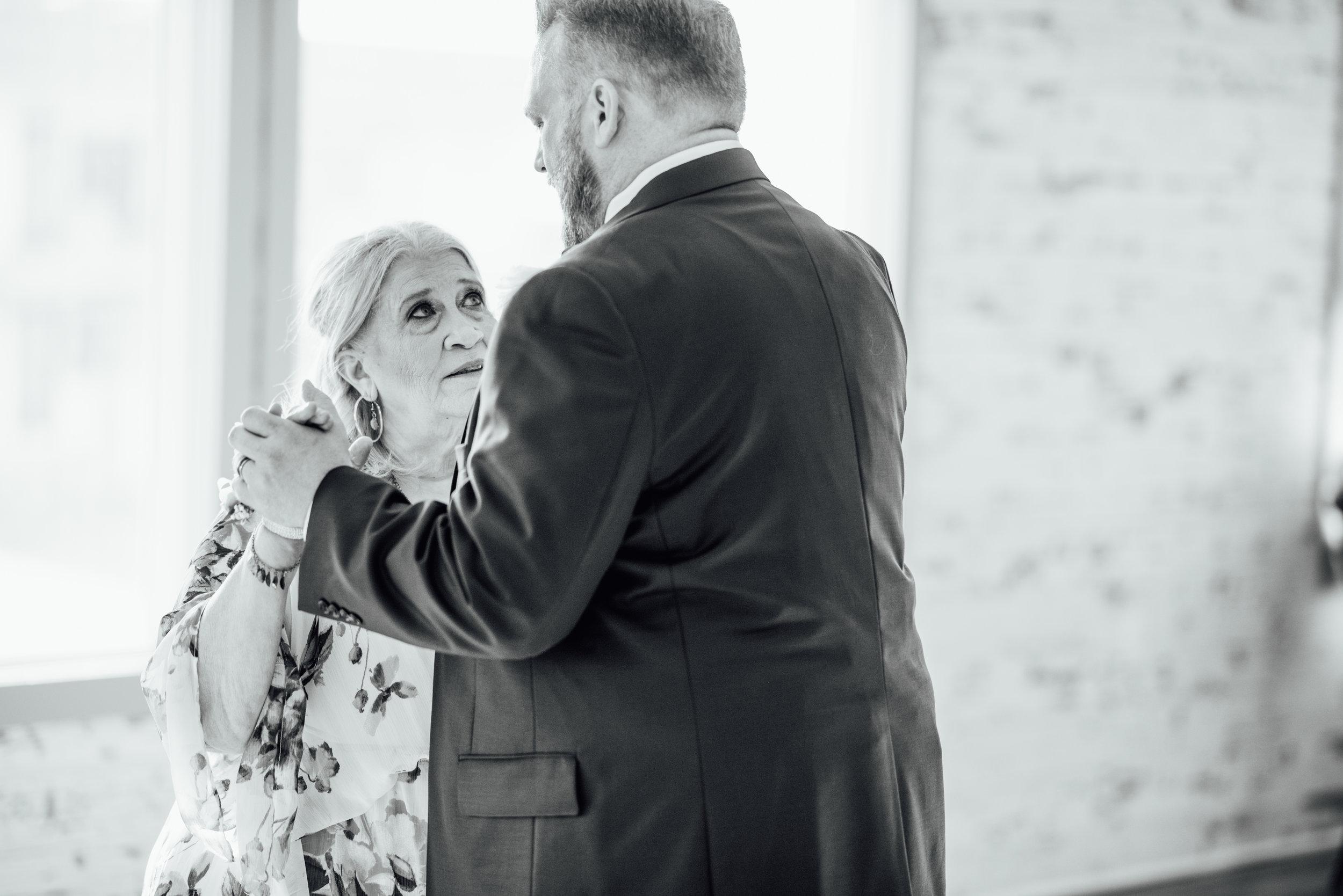 New Jersey Wedding Photographer, Felsberg Photography LBI wedding photography 100.jpg
