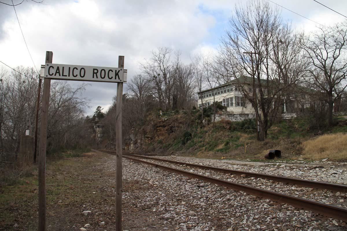calico-rock.jpg