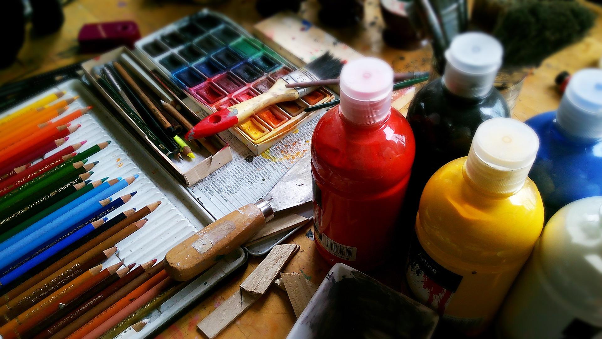 """ Painting Draw "" by bodobe via Pixabay ( CC0 Creative Commons )"