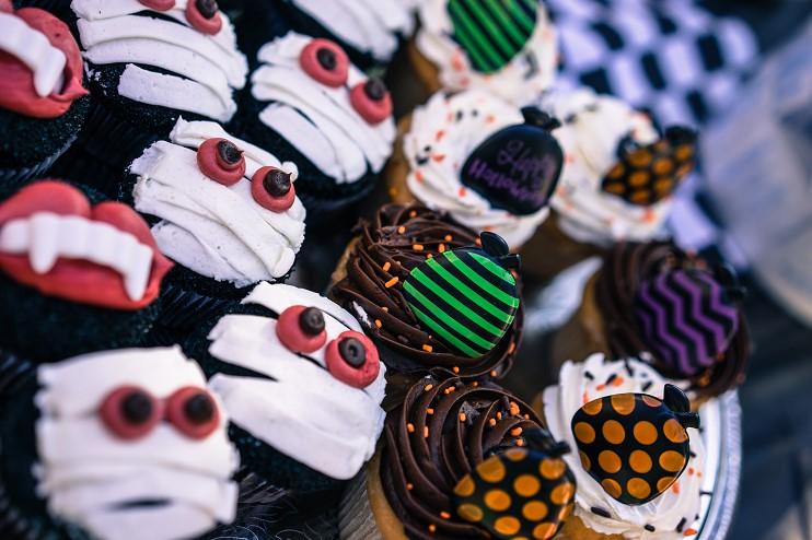 Halloween Cupcakes by Storyblocks S.jpg