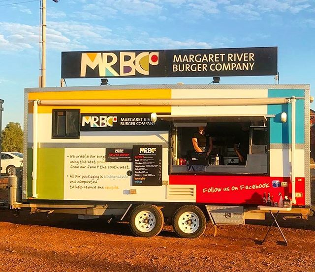 @margaretriverburgerco is back again this year at Dreamers Hill serving up some sweet burgs ❕🍔 Opening tonight at 5:00 pm. Hope to see you there! 👋🏼👋🏼👋🏼 #dreamershill #karratha #pilbra
