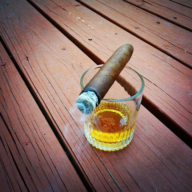 Cigars and scotch. A classic combination. #cigar #handrolled #scotch #wedding #weddingplanner