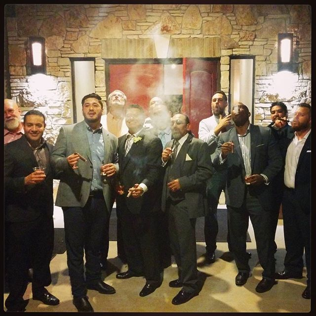 The gentlemen of the wedding enjoying their cigars! #groom #groomsmen #wedding #handrolled #cigar