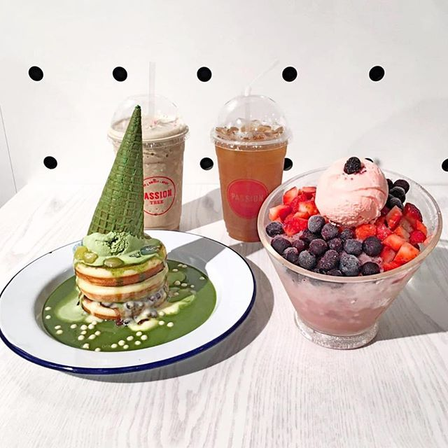Cure to all sweet cravings! 🤩 #Matcha #Mochi #Pancake Stack + Berry Berry Bingsoo | 📷: @feryfloss | #passiontree #thesweetspot