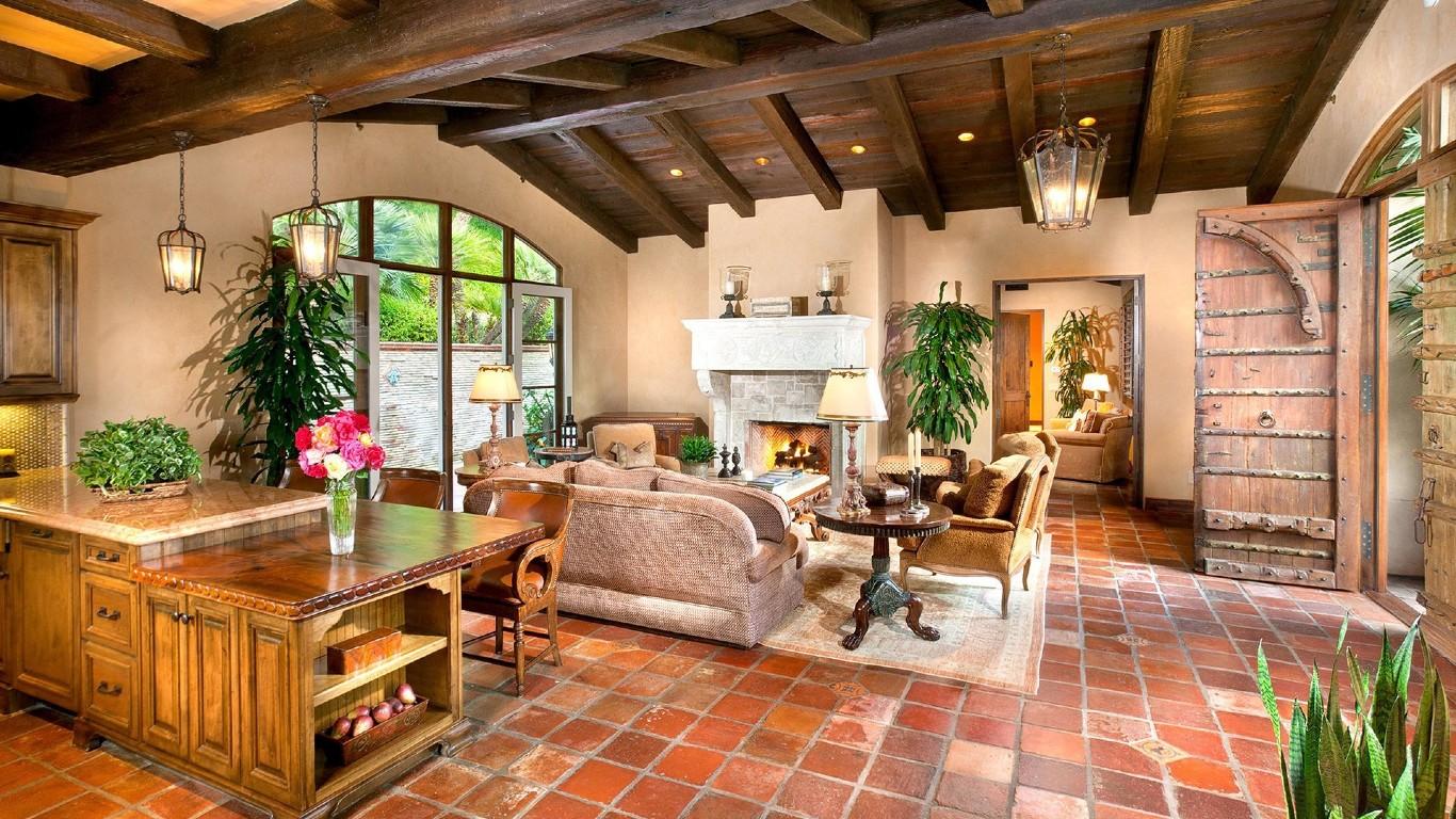 Clean living room.jpg