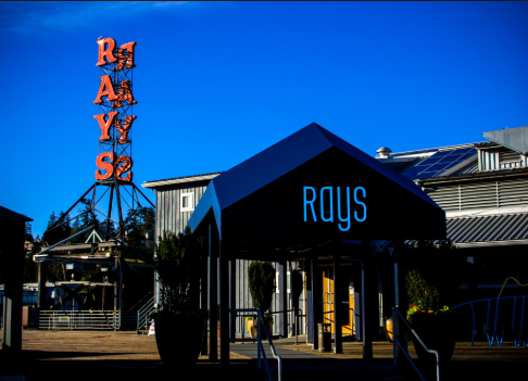 Ray'sBoathouse.PNG