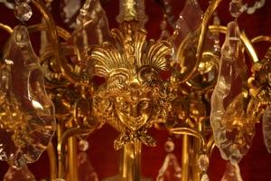Renaissance Antique Dublin Ireland LARGE CHANDELIER WITH DETAILED BRASS FRAME