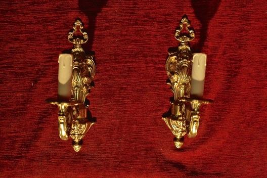 Renaissance Antique Dublin Ireland Solid brass single arm wall lights