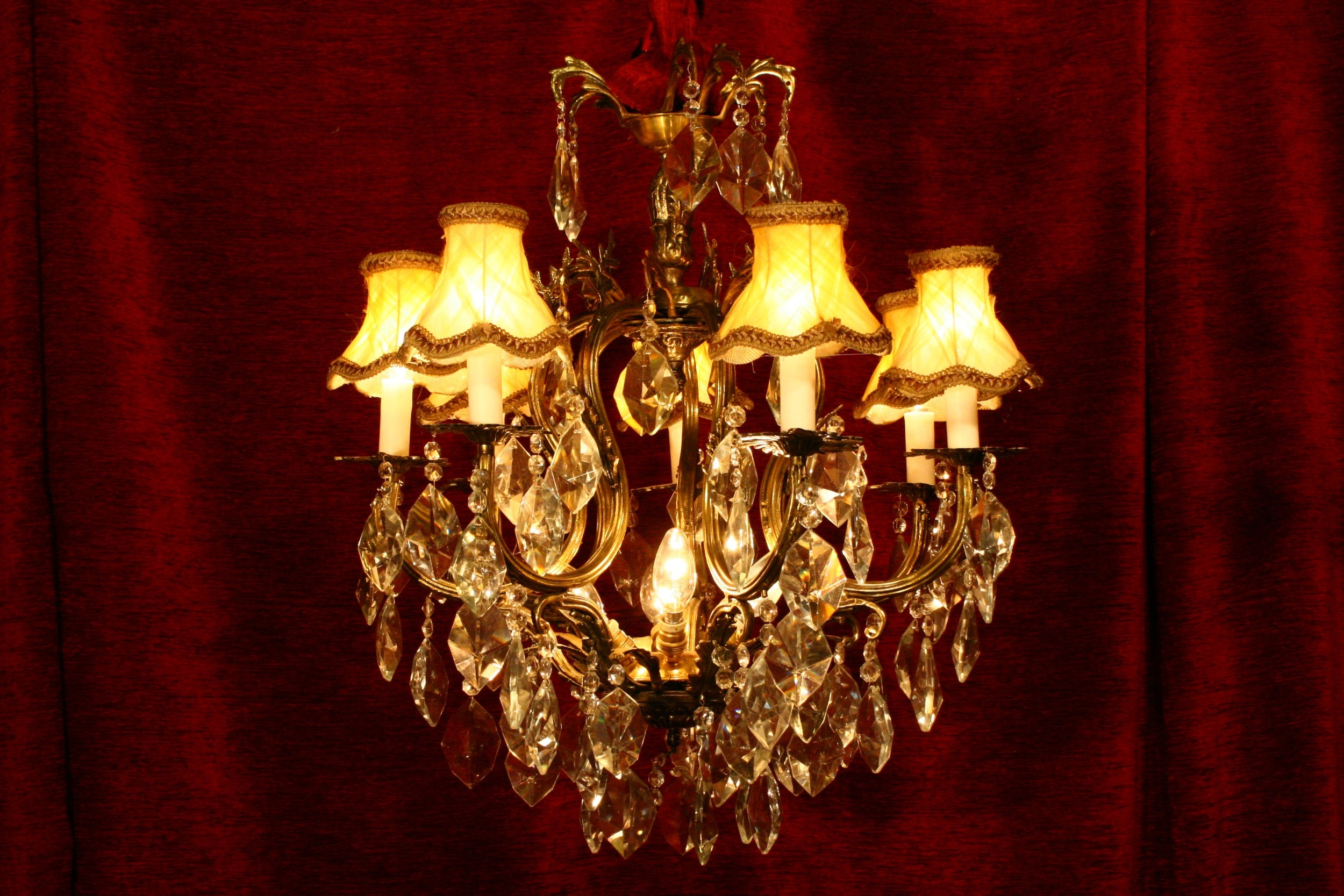 Renaissance Antique Dublin Ireland 7 ARM BRASS AND GLASS CHANDELIER