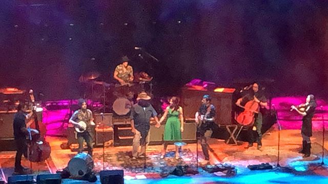 Hi loves! I spent the holiday weekend at @redrocksco with @theavettbrothers and it has filled my heart with joy! If you ever get a chance to go, do it!! Also, their dad, pictured in the first shot is Jim Avett, aka @ohwelljim and he is both giving a singer/songwriter and guitar workshop on Sept. 19th and a house concert on Sept. 20th (and I'm opening with some new original songs) you should absolutely come. Tickets on the website. All my love to you! How were your weekends?? ~~jasmine _________________________ #redrocksamphitheater #theavettbrothers #music #livemusic #loves #magical  @theavettbrothers @redrocksco @ohwelljim @bonniebon73