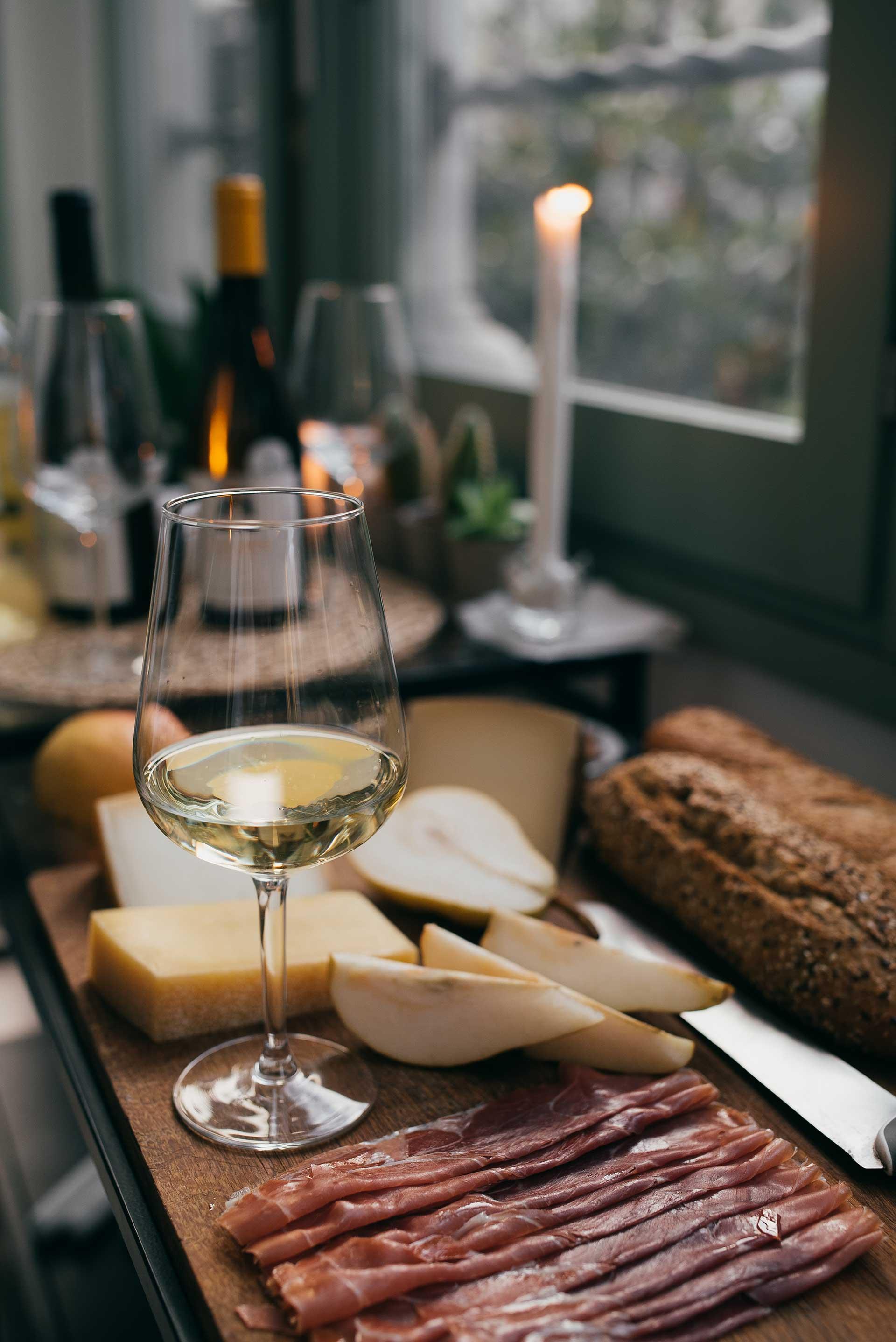 DSTN-photos-lifestyle-wine-2.jpg